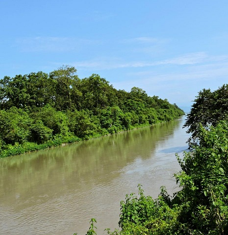 Gajoldoba route to Dooars along the canal of Teesta barrage